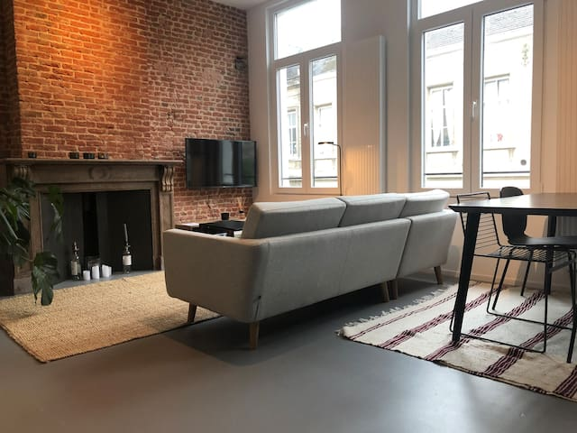 Trendy central located apartment with terrace