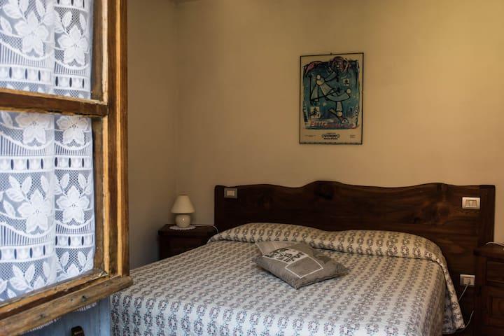 Appartamento accessoriato con balcone
