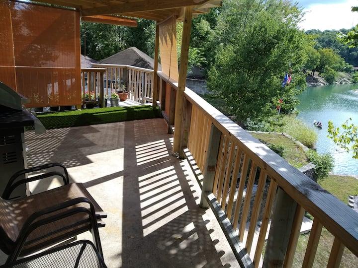 Noel Apartment with Elk River View!