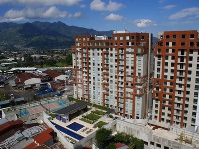 Apartamento Semiamueblado seguridad - San José