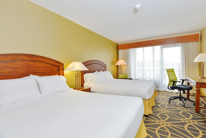Breathtaking Double Two Double Beds Non Smoking At Central