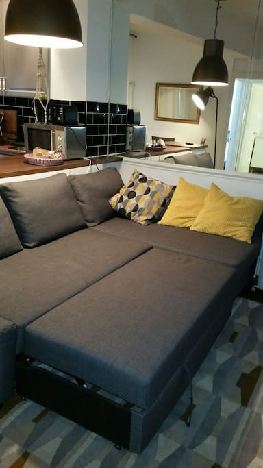Extra sofa bed in lounge