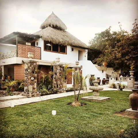Casa Miura Ajijic chapala villa lago montaña