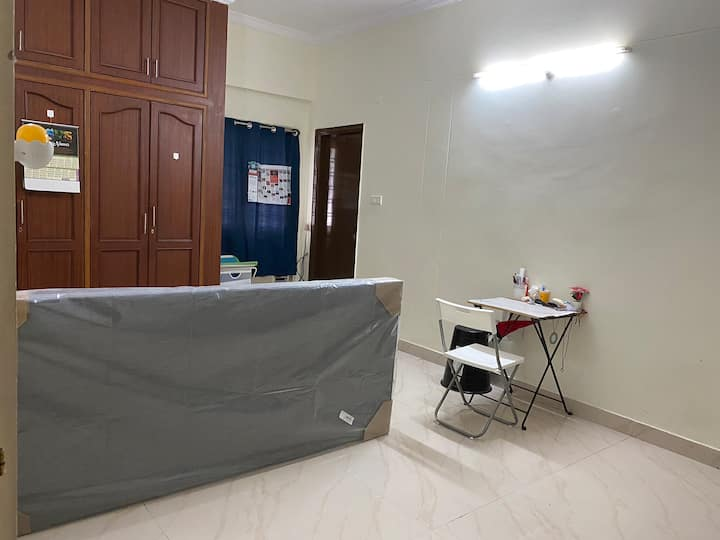 Spacious Master Bedroom in the Heart of Hyderabad