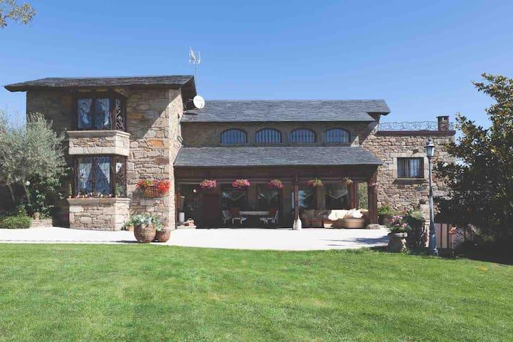 Casa de encanto, ideal para relajarse y compartir