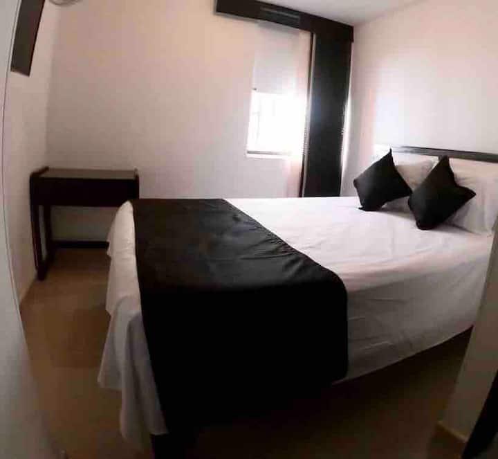 Apartamento con Piscina, Excelente Ubicación