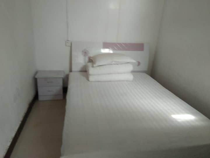 少林办幸福小院一一普通大床房