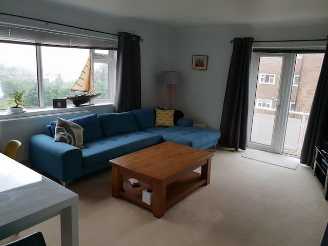3 bedroom apartment with amazing sea views
