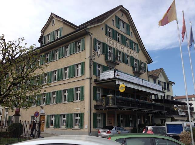 Hotel 3 König - Doppelzimmer Budget B (Etagenbad)