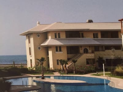 Luxueux appartement front de mer. - Bouznika - Daire