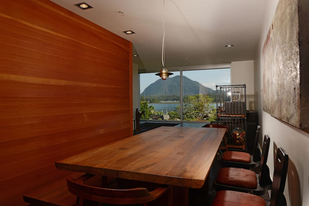 Spectacular views from your dining room table.