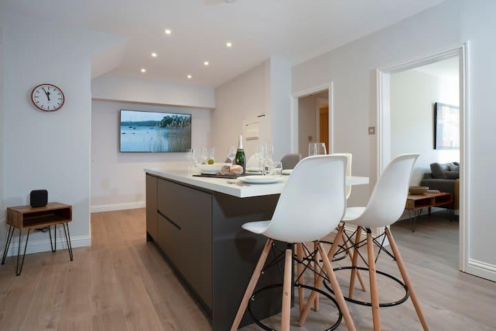 The Redbanks - Contemporary - 2 Bedroom - 2 Bathroom - Apartment - Ambleside
