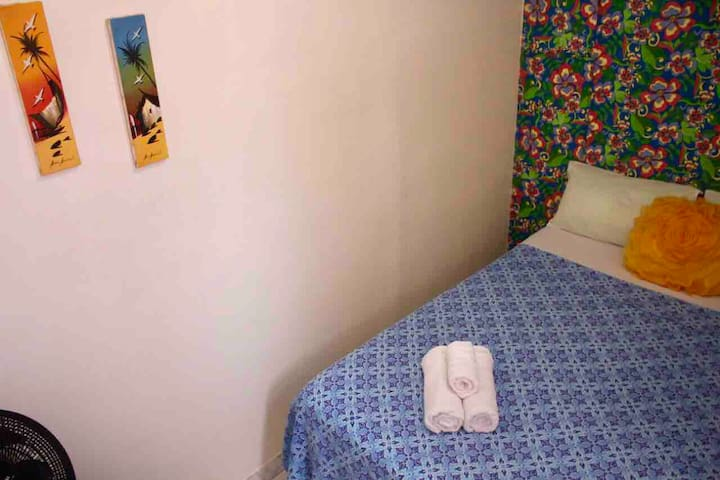 LOWCOST~Private little double room in Rio Vermelho