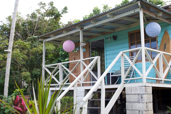 The Likkle Nature Queen Beach Cottage