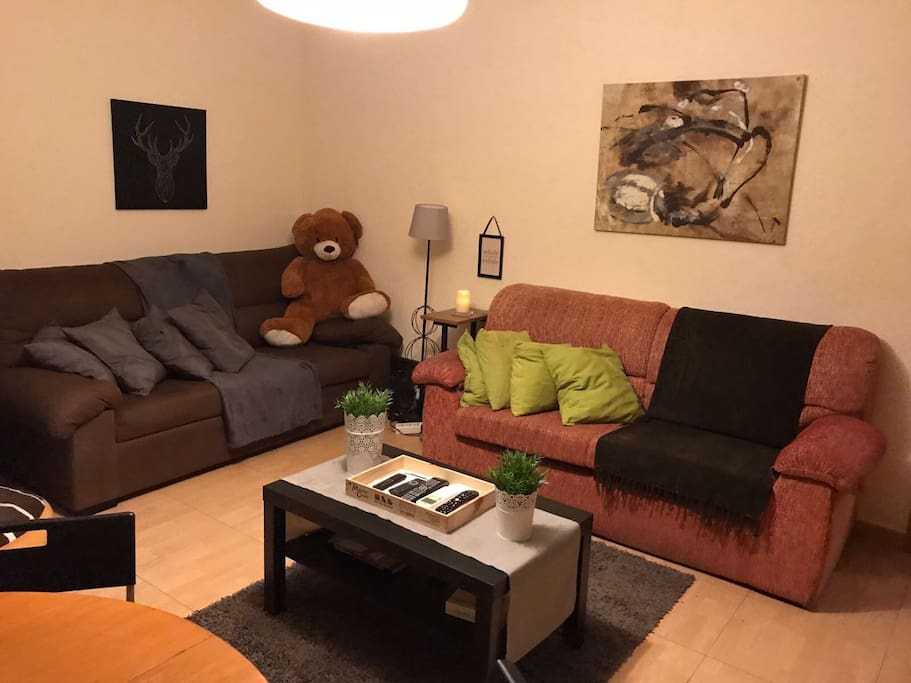 Hogar familiar joven y acogedor appartements louer for Decoracion hogar joven
