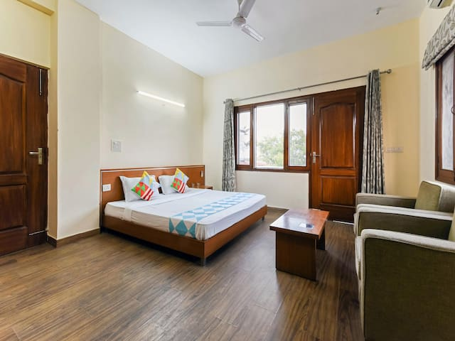 OYO - 1BR Elegant Homestay in Gurgaon-Sale Alert!