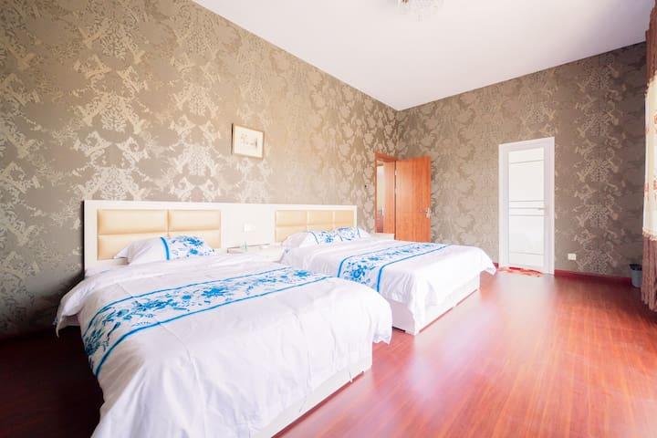 1.2x2米单人床+1.8x2米大床卧室