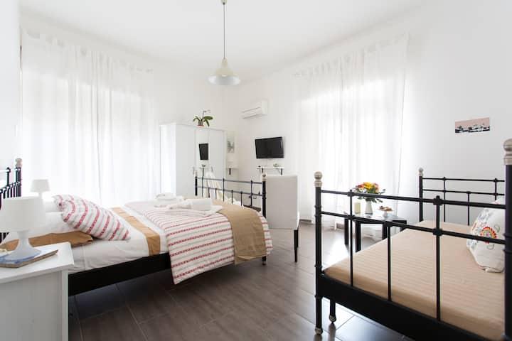 Kantuni b&b charming&large bedroom
