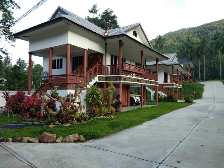 Tara Resort, Peace House Villa 2, Mountain views