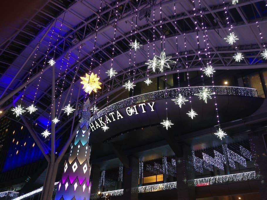クリスマスイルミネーション!博多駅まで歩いて12~3分!