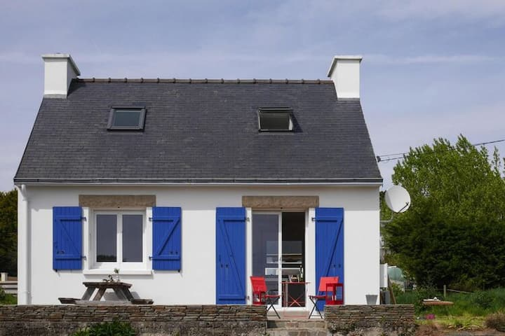 4 star holiday home in Roscanvel