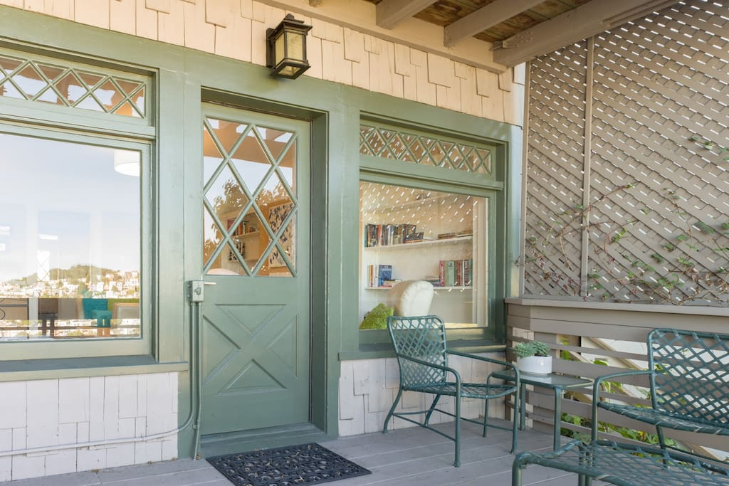 The original front door and windows from 1906 provide your craftsman home with plenty of light and lots of charm!