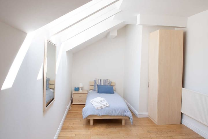 Twin room - ideal for children