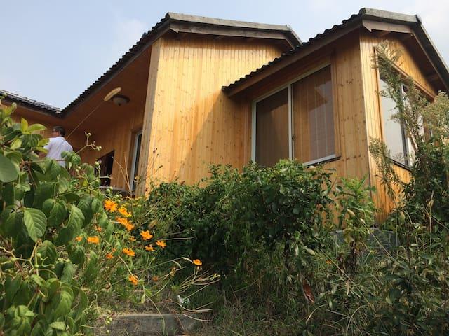 四明山脚下独栋木屋别墅-嵊州大唐度假村 - Shaoxing - Villa
