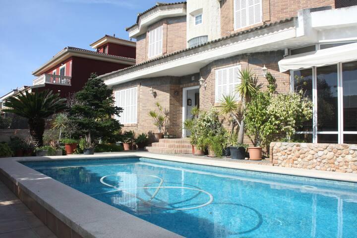 Chalet Zona Residencial Palma Mallorca - Marratxí - House
