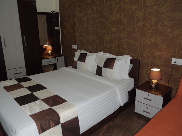 Hospitality Inn Cochin ( Cozy AC Room Queen Beds )