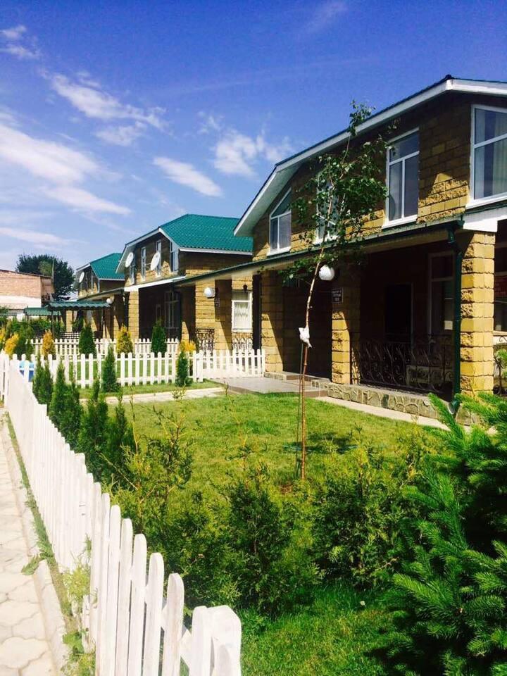Коттедж на берегу Жемчужины Киргизии, Иссык-Куль