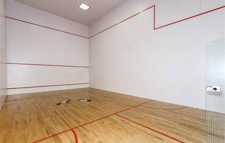 Indoor Racquetball court for your enjoyment