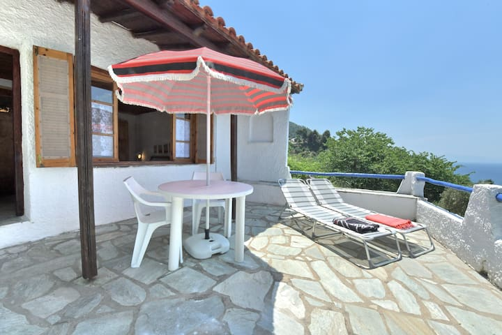 Casa VERONICA.Private direct  access to the sea!