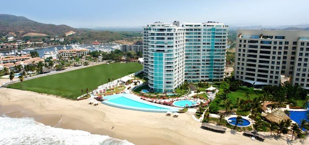 Bvg Marina Ixtapa Piso 16 Excelente Vista