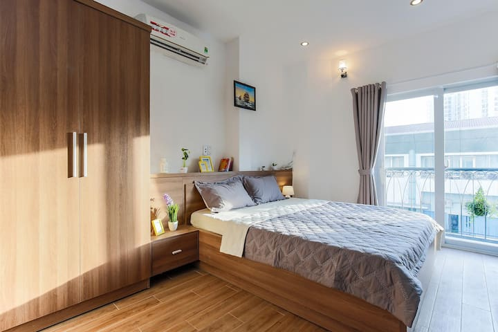 Studio Apartment with City view - Tan Dinh Church
