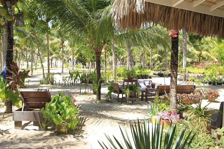 Muita Paz. Beach House