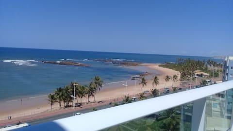 Flat Smart Itapoã -Em frente a praia.Self-check-in