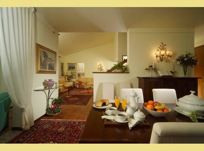Casa Patrizia B&B Vicopisano - Vicopisano - Bed & Breakfast