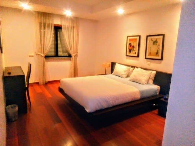 Chambre en Suite - Lit King-size.