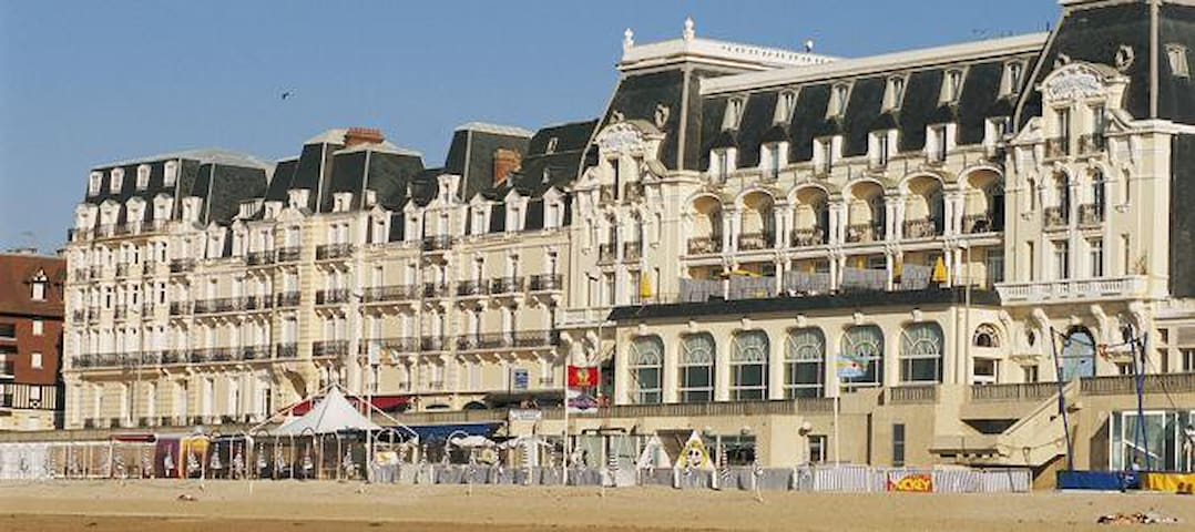Résidence du grand hotel, accès direct plage - Cabourg - อพาร์ทเมนท์