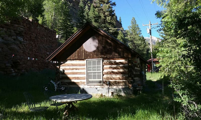 Deep Creek Log Cabin Getaway - Telluride - Blockhütte