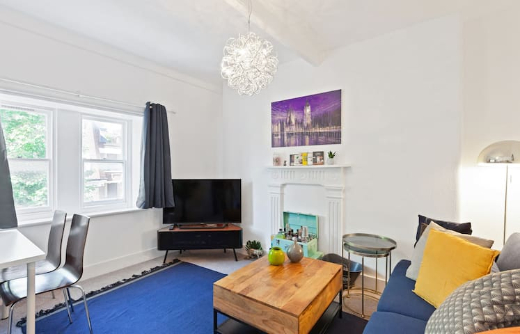 Cosy 2Bed Apt above Bond Street Tube Stn