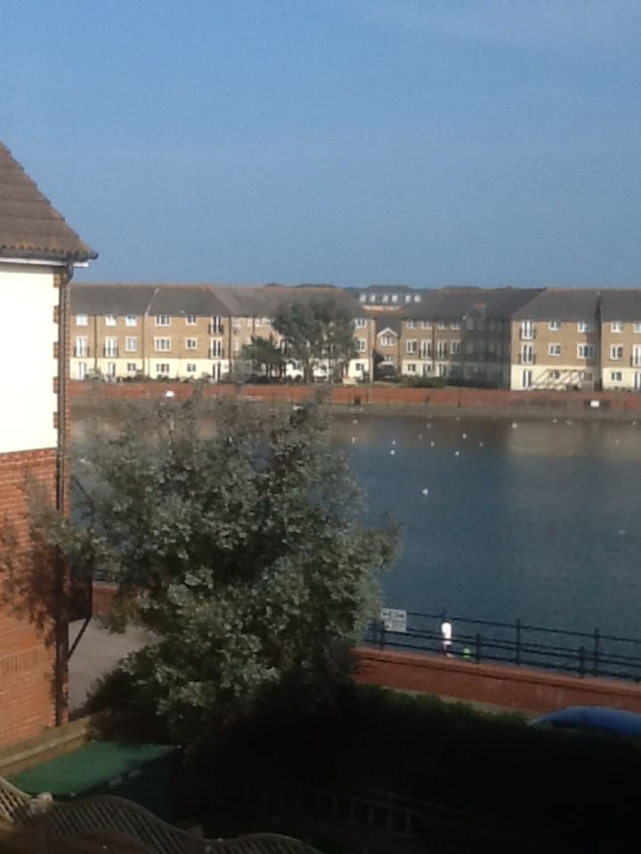 Sovereign Harbour views & comfortable double room