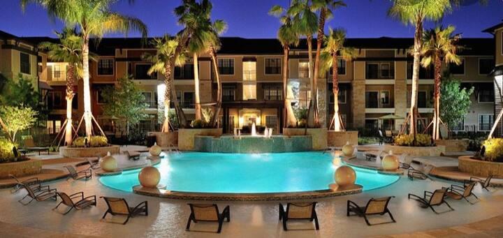 Affordable Luxury Apartment near Katy, Tx