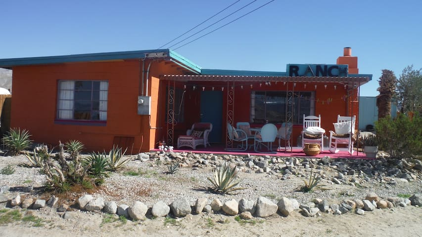 PRIVATE HOT SPRINGS RANCH $49 UP NIGHT SLEEPS 4-6
