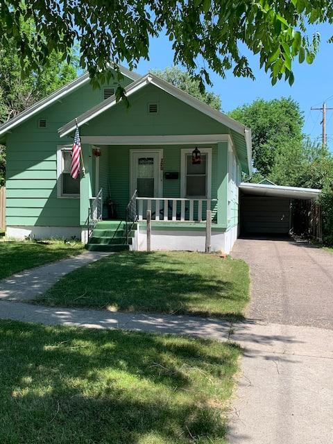 The Green  Porch Inn!!