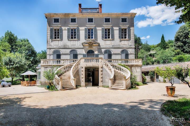 Château de Vacances en Cévennes - Gard