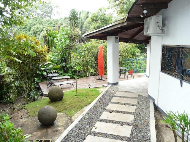 BoscoMare Villa (Mono Room)