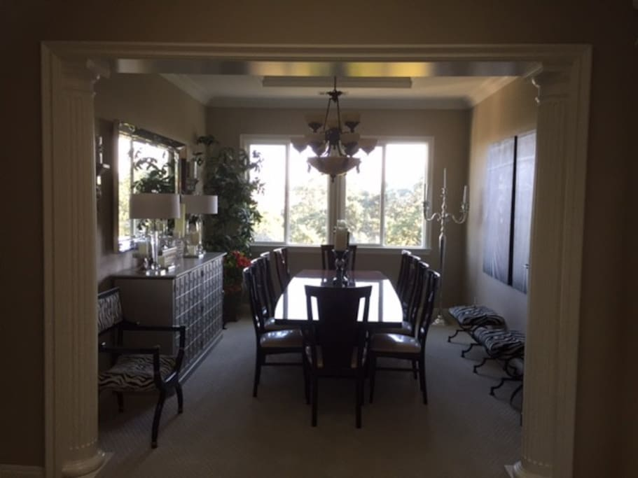 Dinning Room With Amazing View