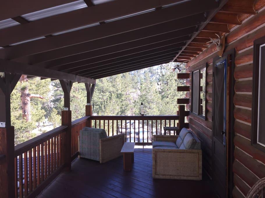 Upstair deck